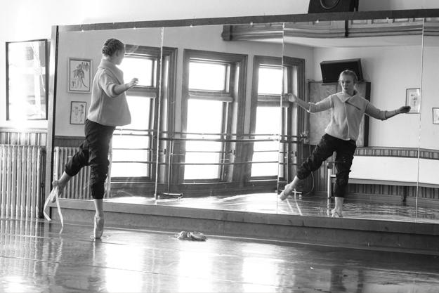 Robinson Ballet dancer in studio